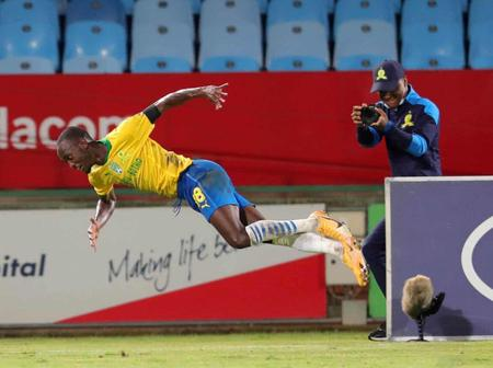 Sundowns are in risk to lose Peter Shalulile