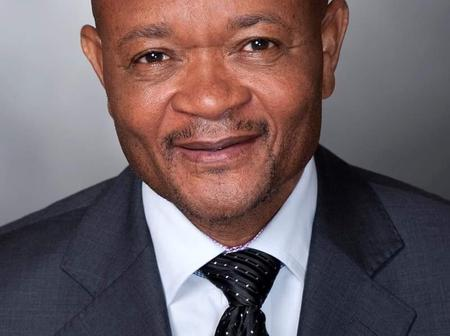 Senzo Mchunu Encouragws South African Citizens to Report Crime and Corruption - Opinion