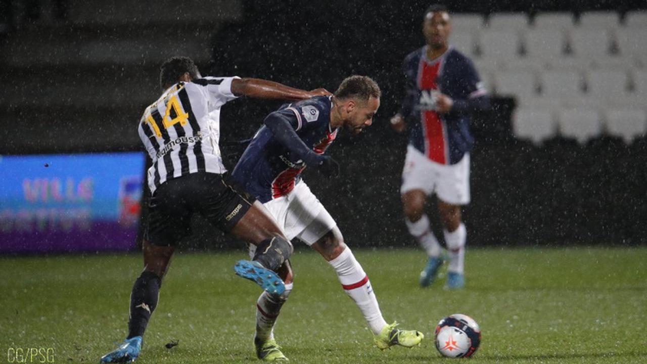 Le maillot de Neymar porté lors d'Angers/PSG vendu 13 000 €