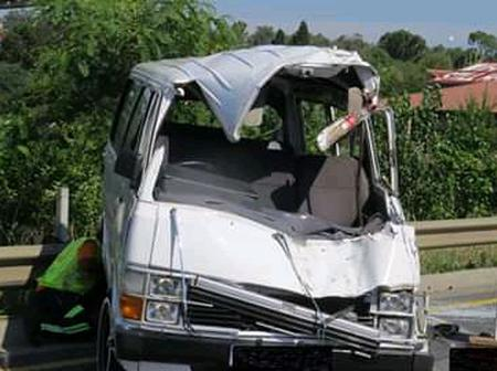 Two People Died In Taxi Accident.