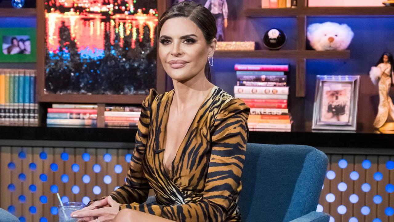 Lisa Rinna's Legs Are Wildly Toned Wearing A Tiger Print Swimsuit In Instagram Photos