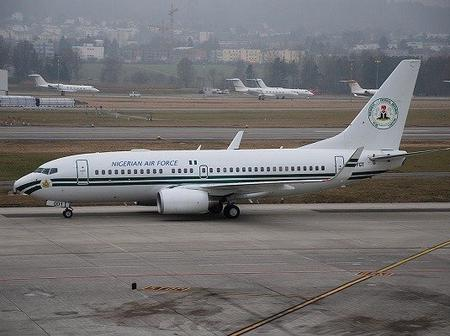 Photos Of Buhari, Jonathan, Obasanjo And Others Using Nigeria's Presidential Jet