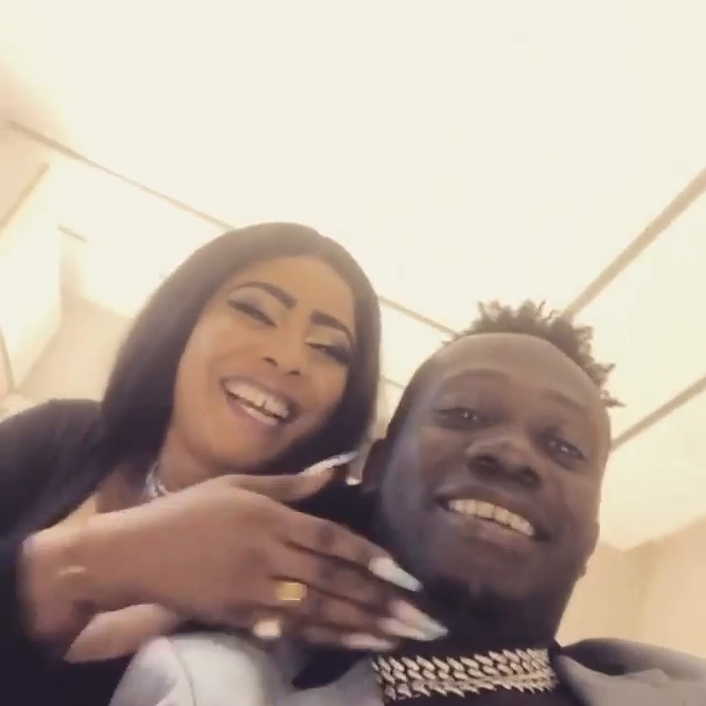 Duncan Mighty shares romantic pictures with his new partner, sparks mixed reactions 15
