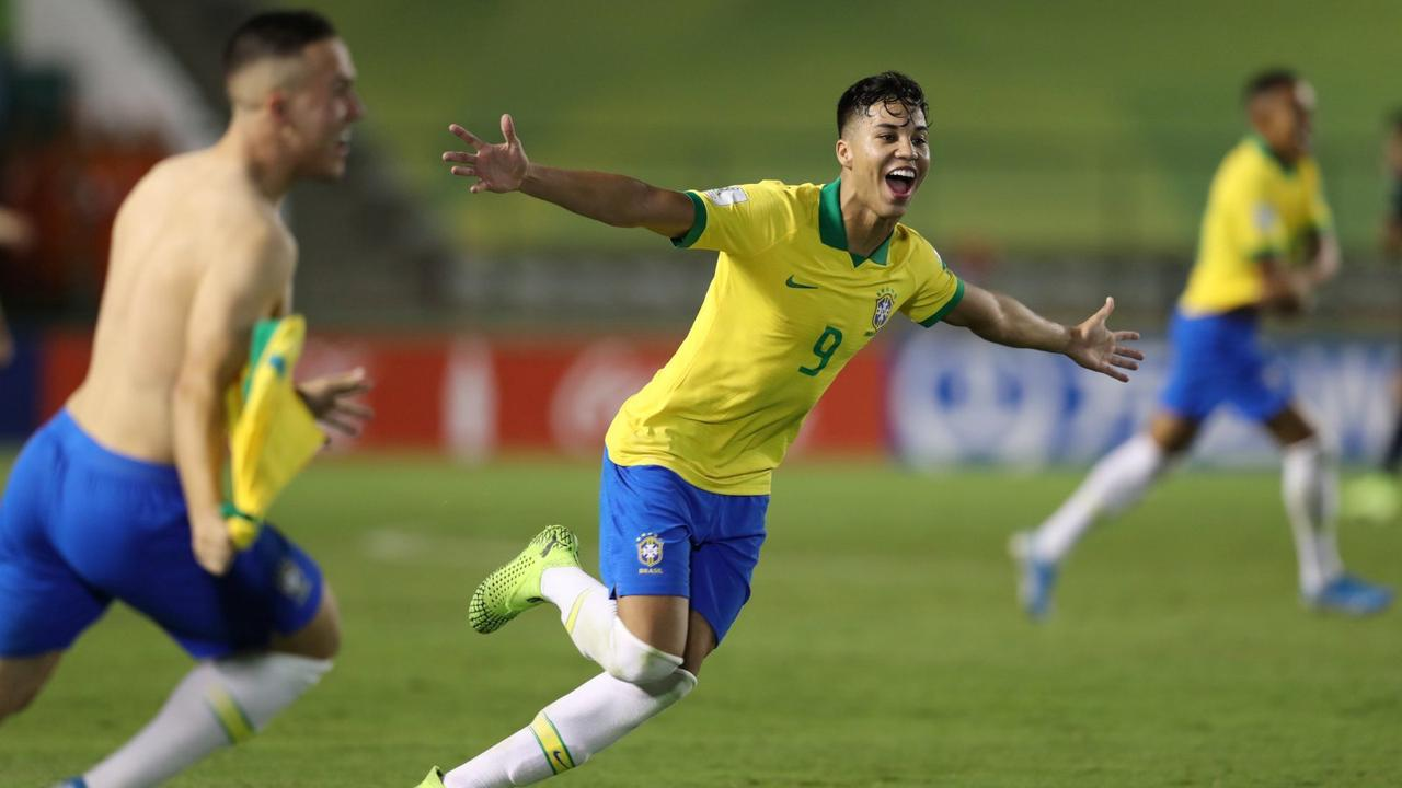 Wolves: Wanderers make Kaio Jorge transfer bid
