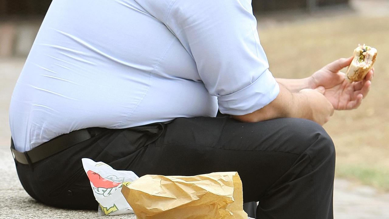 Overweight Brits to be given shopping vouchers & Fitbits to help lose weight