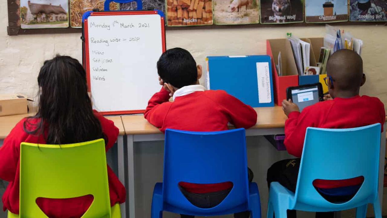 Helping pupils in England catch up on lost learning will cost £13.5bn – report