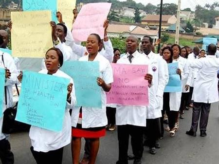 Twitter users mocked Nigerian Doctors for calling off their 10 days strike