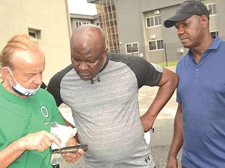 Ex-Super Eagles star says Gernot Rohr not ready to watch local teams in the league