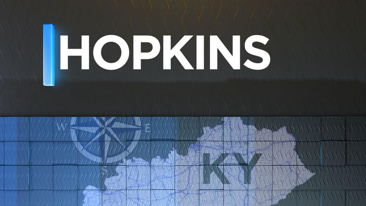 Hopkins Co. health officials encouraging community to keep Christmas lights up for healthcare workers