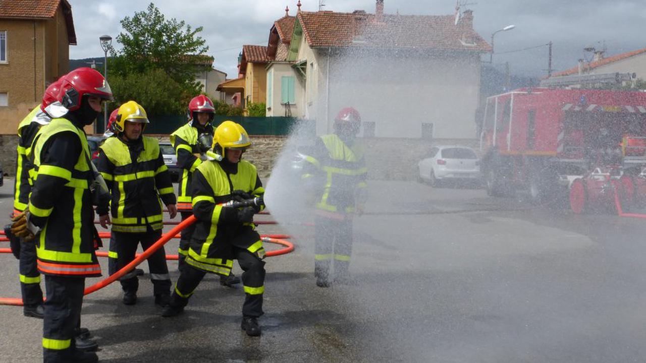 Futurs pompiers en formation à Prades