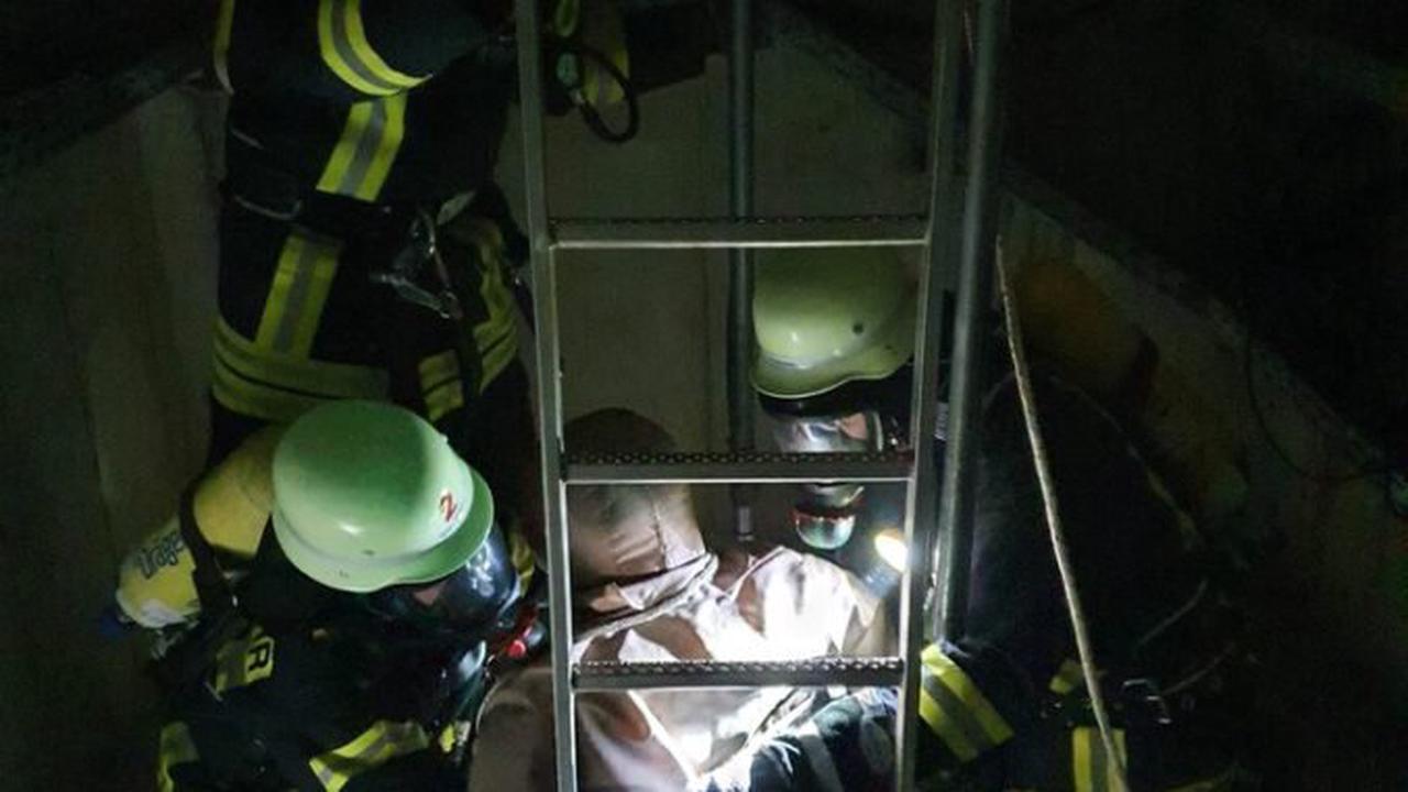 ▷ FW Lügde: 17 Feuerwehrleute bestehen Atemschutzlehrgang