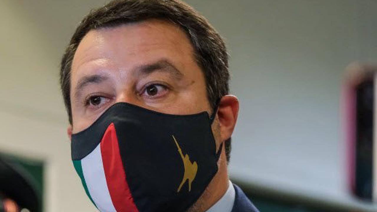 Matteo Salvini jugé pour séquestrations de personnes et abus de pouvoir pour avoir interdit le débarquement de migrants en 2019