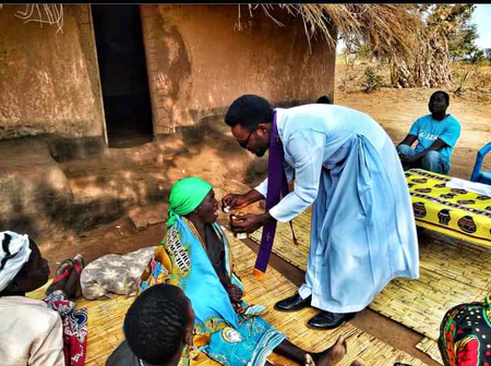 Check Out Photos of Rev Fr Kelvin Ugwu Helping Some Poor Malawians