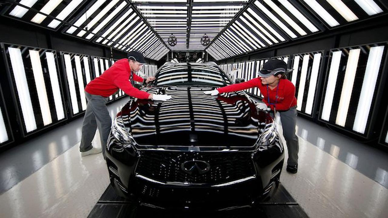 Nissan hiring 400 more workers in boost to Sunderland plant
