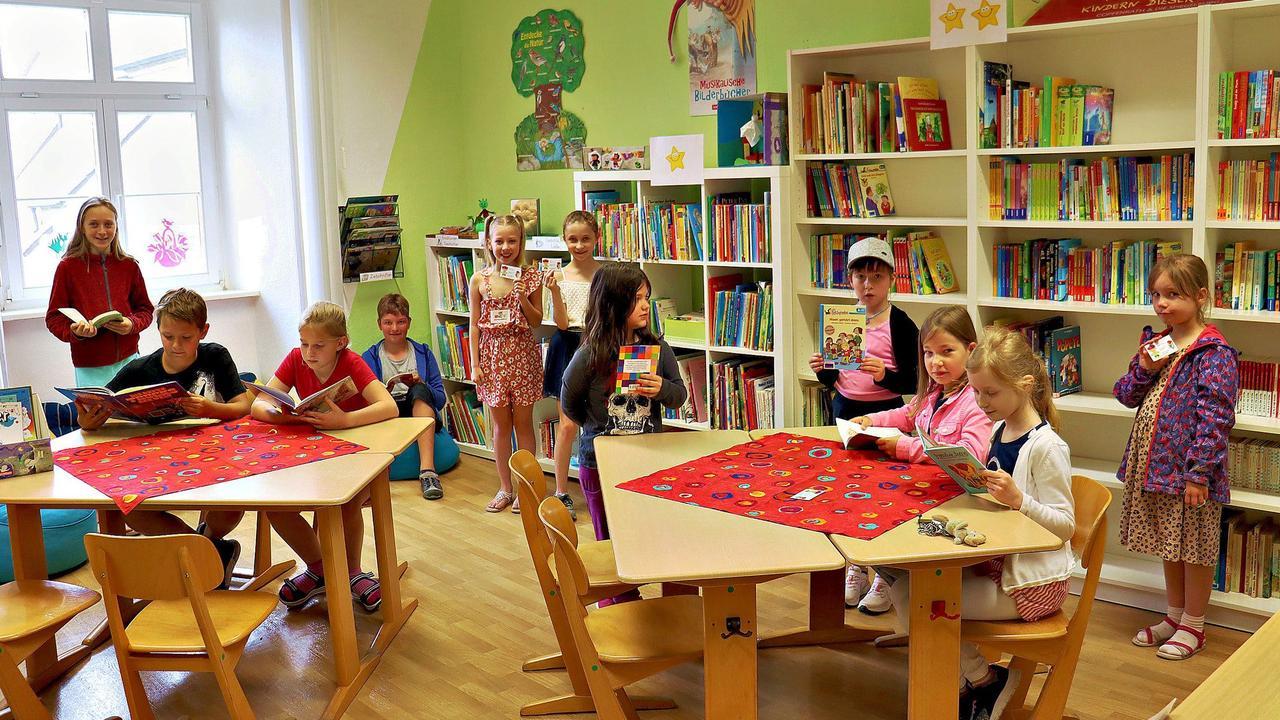 Die Grundschulbibliothek in Badersleben ist wieder offen