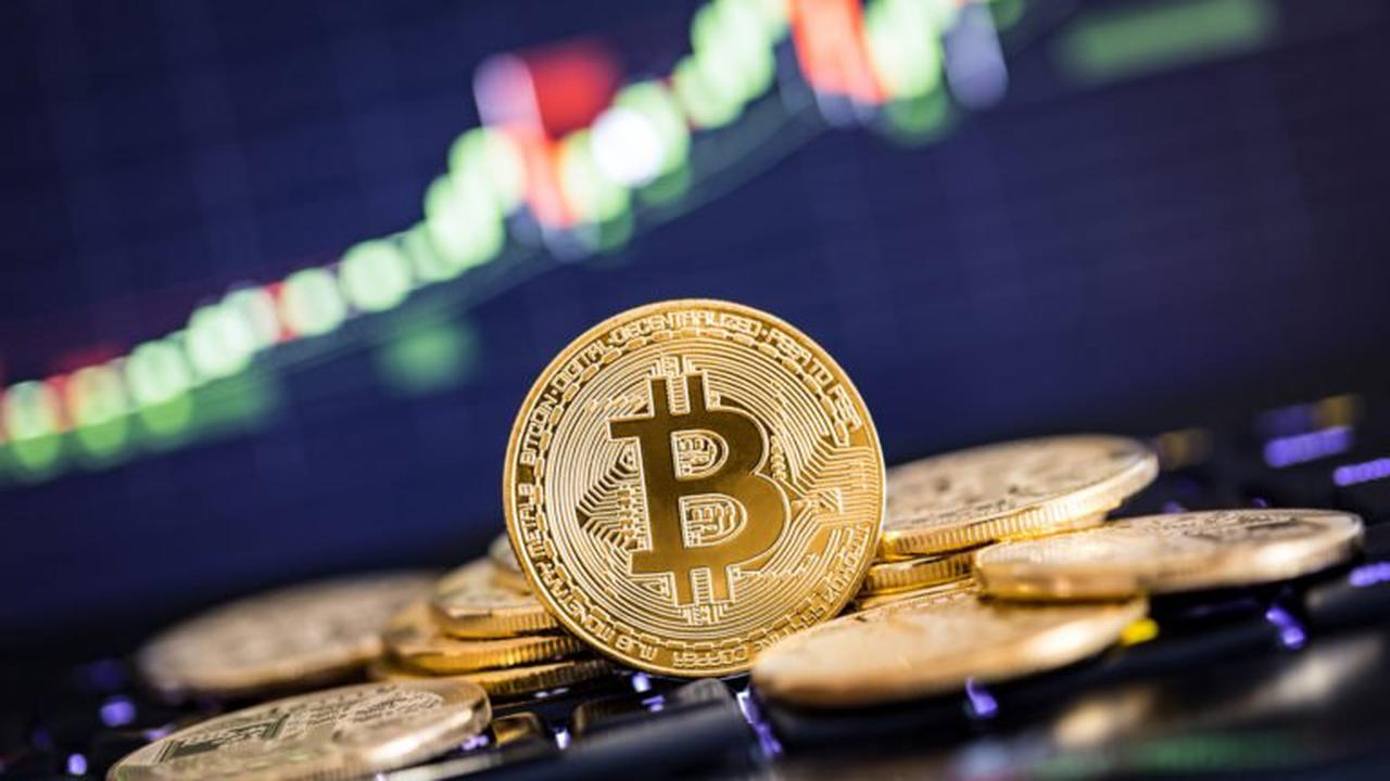 Bitcoin: Buy or Sell Now & How?