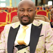 Apostle Johnson Suleman empowers his Church members with money (Video)