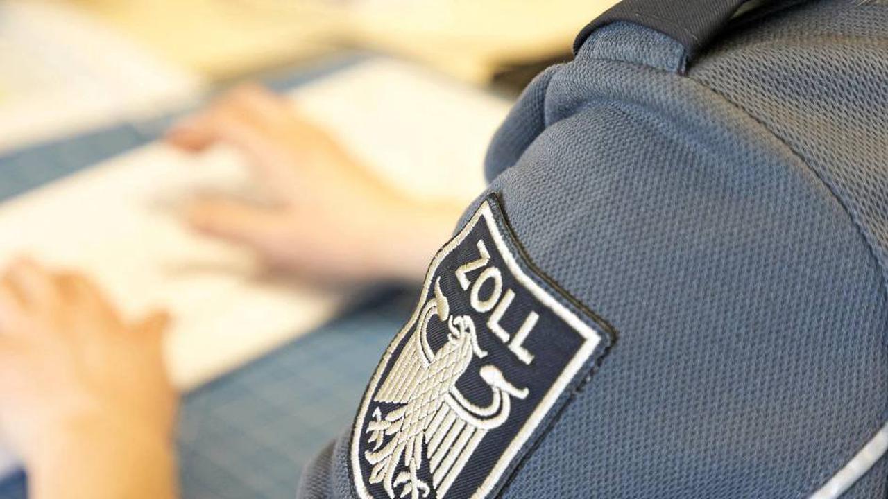 Schwarzarbeit in Siegen: Bauarbeiter ohne Genehmigung