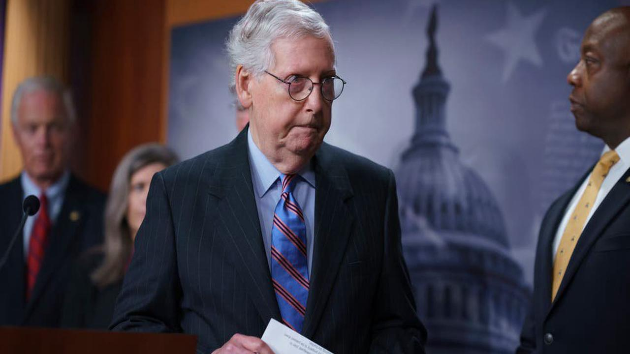 Mitch McConnell buys ads encouraging Covid shots on 100 radio stations as GOP split over vaccination push