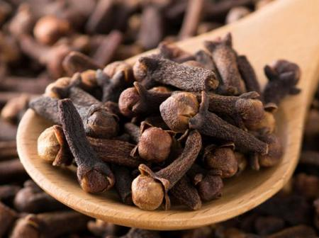 Cloves as a remedy for toothache