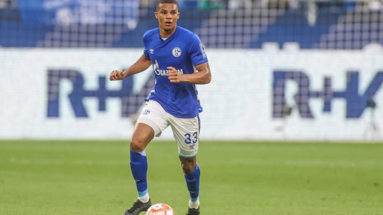 Schalke 04 empfängt den Karlsruher SC