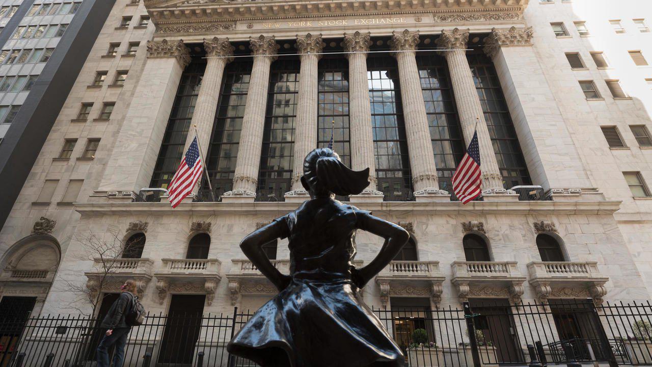 Wall Street finit dans le rouge après les projections de la Fed sur l'inflation