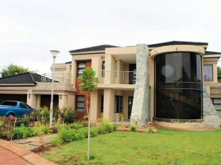 Some beautiful mansions in Limpopo rural areas that media will never show you. |see pictures