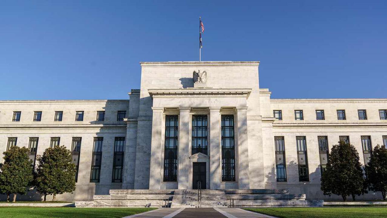 US-Notenbank bereitet Märkte auf Zinsanhebungen vor – und verschreckt Investoren