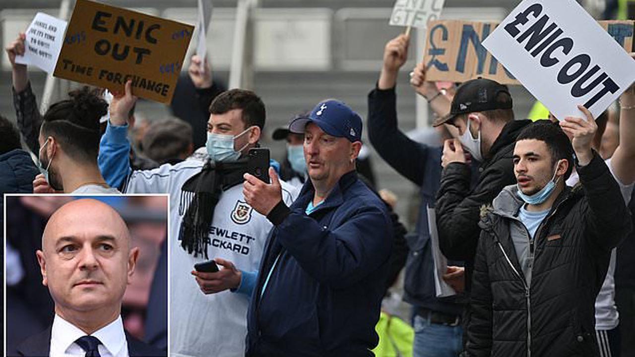 Tottenham fan group to meet club's board on Tuesday