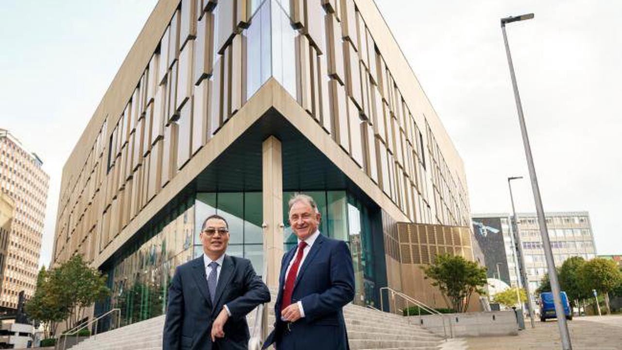Covid test businessman makes incredible gift of £50m to Strathclyde University
