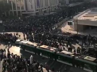 La manifestation pour la justice d'adama Traoré prend de l'ampleur en France