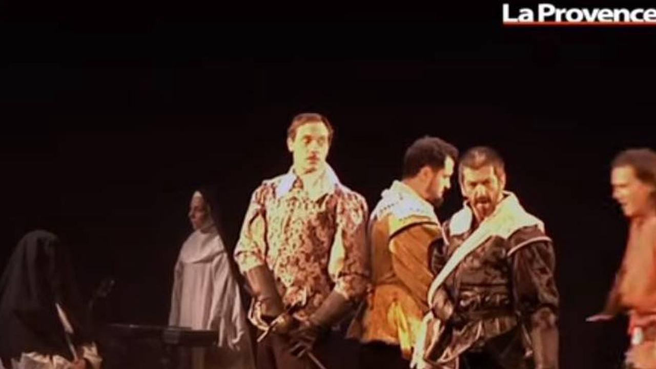 Vidéo - Festival Off d'Avignon : les pièces classiques revisitées cartonnent