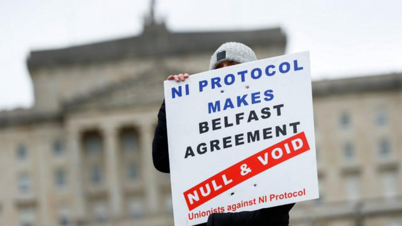 'Significant differences' remain in UK talks with Brussels over Northern Ireland protocol