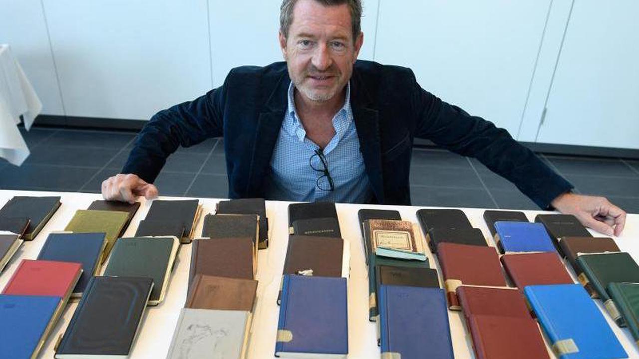 Diekmann übergibt Siegburg Tagebücher von Komponisten-Sohn