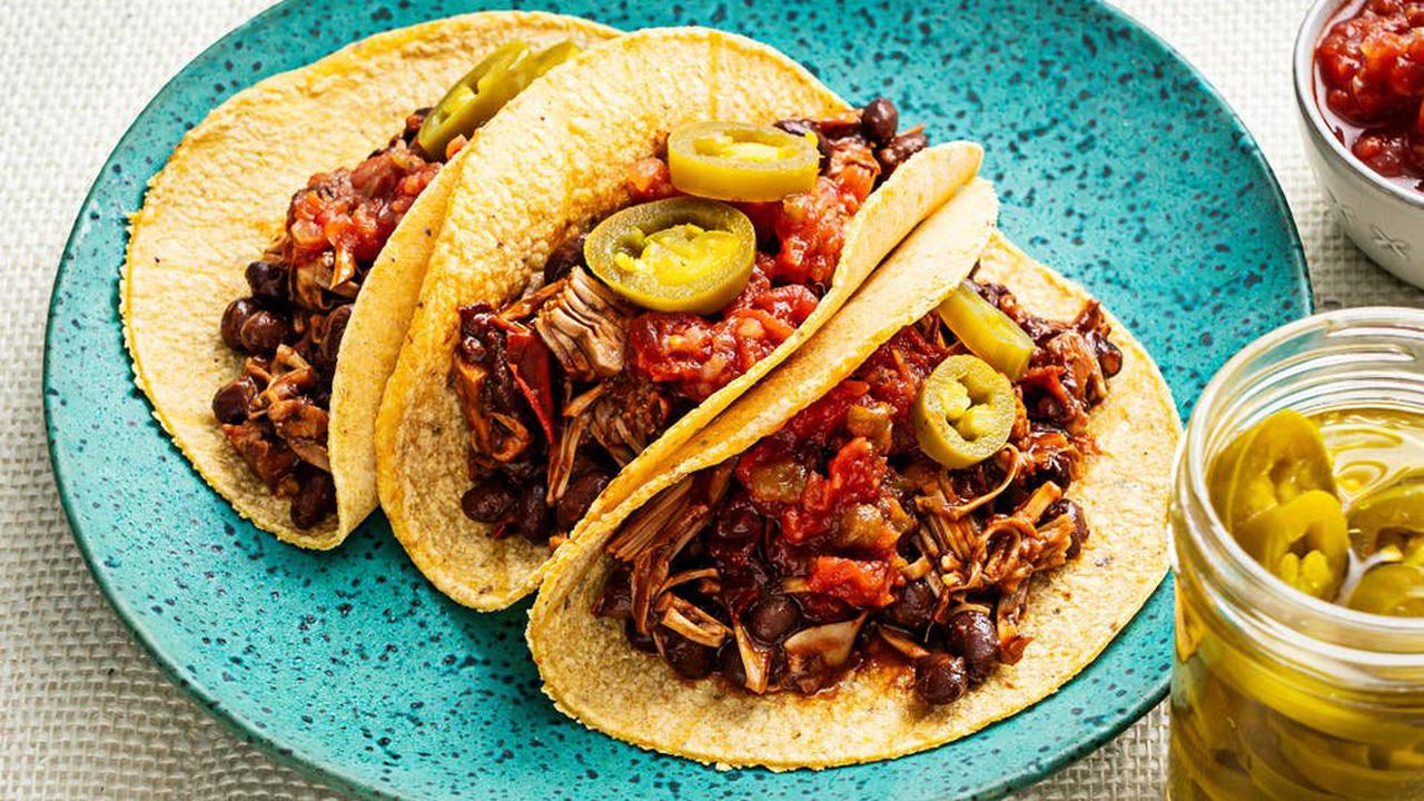 Need a quick fix dinner? These vegan tacos are a store cupboard winner