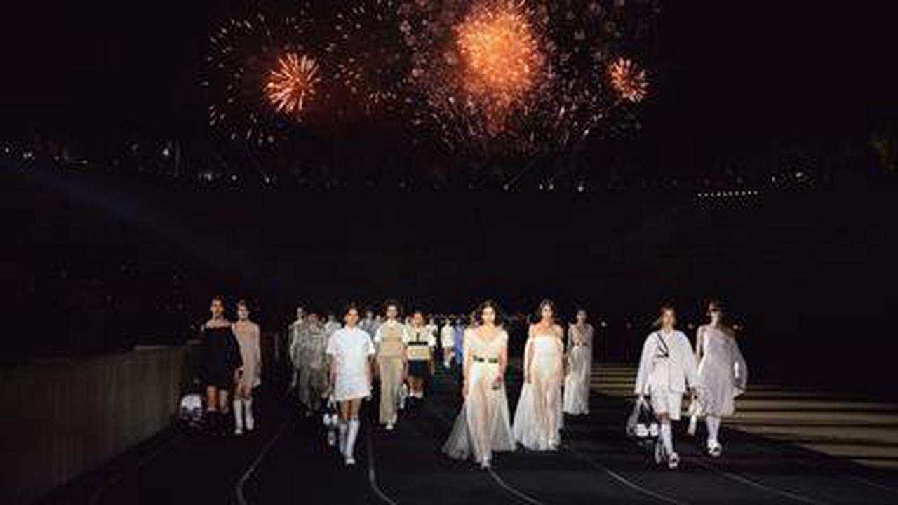 À Athènes, Dior ravive la flamme de la mode