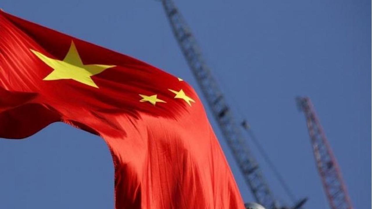 China's capital locks down part of district in coronavirus fight