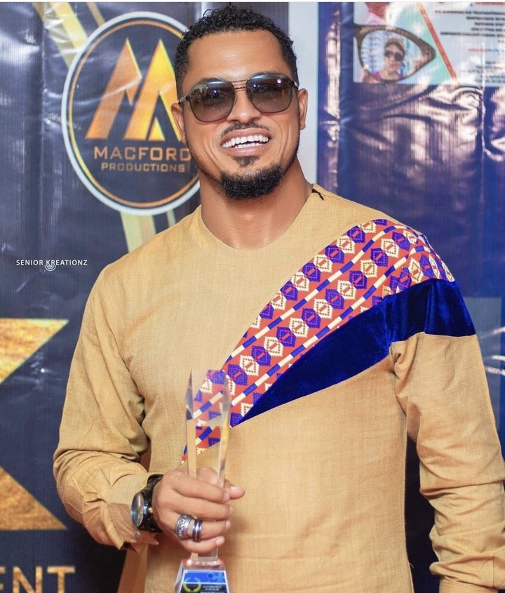 65fb78e8374b4484972c259b3e9783b4?quality=uhq&resize=720 - Check Out Some Photos Of Van Vicker's Mother Who Looks Just Like Her Son