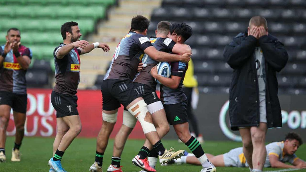 Marcus Smith snatches dramatic win for 14-man Harlequins over Wasps