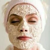 An Oatmeal Face Mask Recipe To Get Rid Of Acne Scars