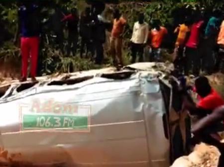 A Ford Driver Carelessly Crashes Passengers Into A Galamsey Pit At Tarkwa-Kumasi Road
