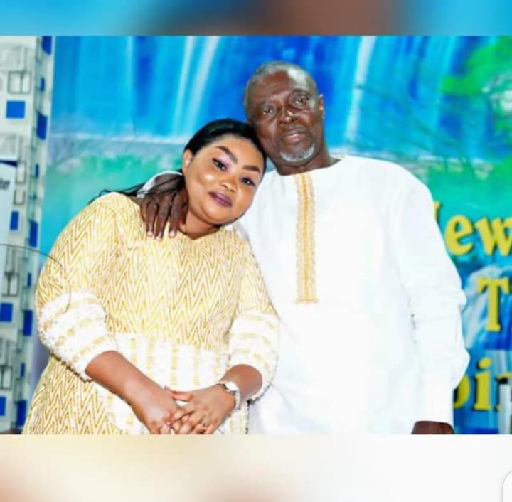 68a371f6ca512f6ae4f9019061519f19?quality=uhq&resize=720 - Have A Look At Osofo Kyiri Abosom's Lovely Wife, His Twin Sons And His Beautiful Daughter (Photos)