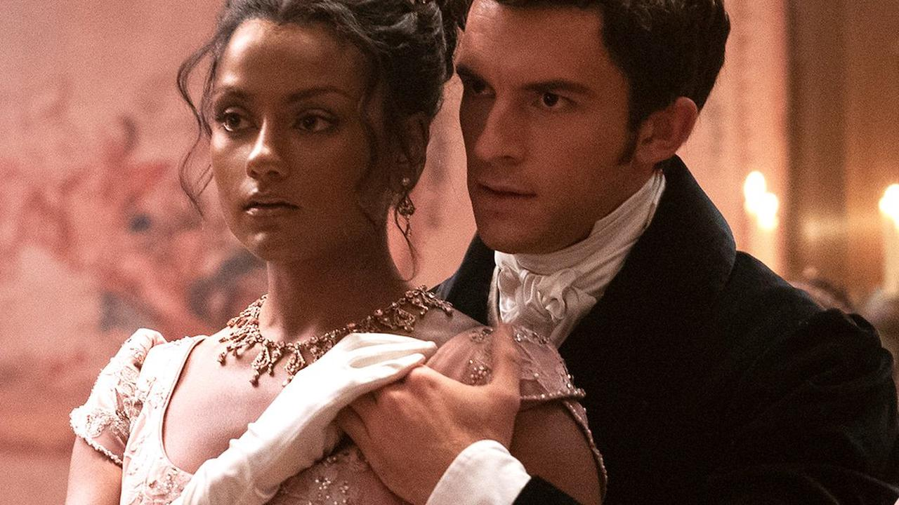 Phoebe Dynevor Said She Had a 'Full-Blown Panic Attack' While Filming This 'Bridgerton' Scene