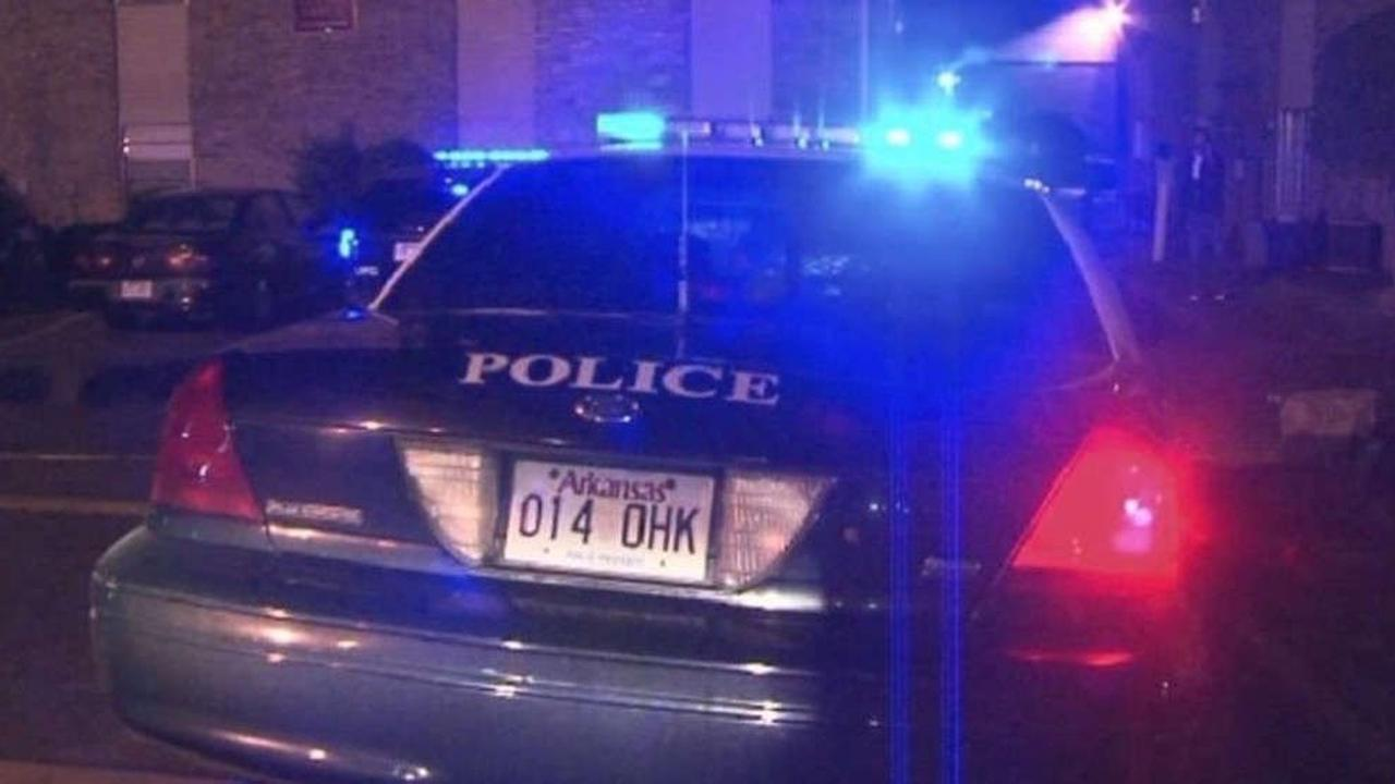 Little Rock woman tells police gang member shot at her, threatened to kill her