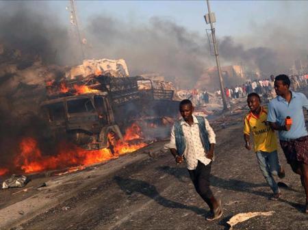 Panic After A Deadly Alshaabab Bomb Blast Attack Kills 12 Somalian Commandos