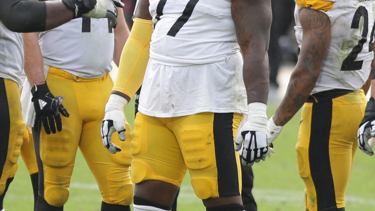 Steelers lose another offensive lineman via waivers, this time Derwin Gray to the Jaguars