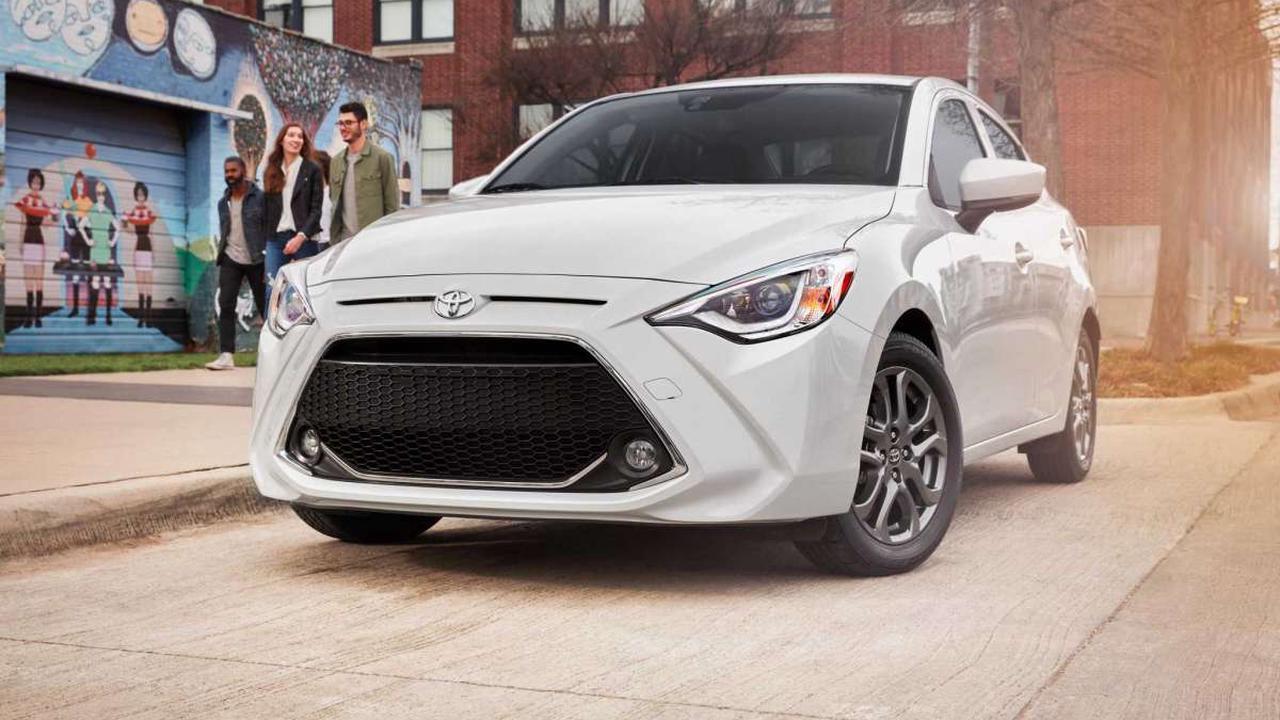 2020 Toyota Yaris SX Hybrid review