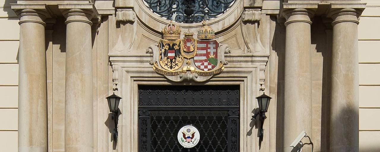 US-amerikanische Botschaft in Wien   Bildquelle: https://www.dailyadvent.com/de/news/6a8f02d89b560e2d1d107bcd838b85f3 © Na   Bilder sind in der Regel urheberrechtlich geschützt