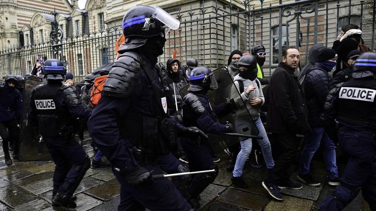 Près de 80% des jeunes jugent que la «violence policière » est une réalité en France