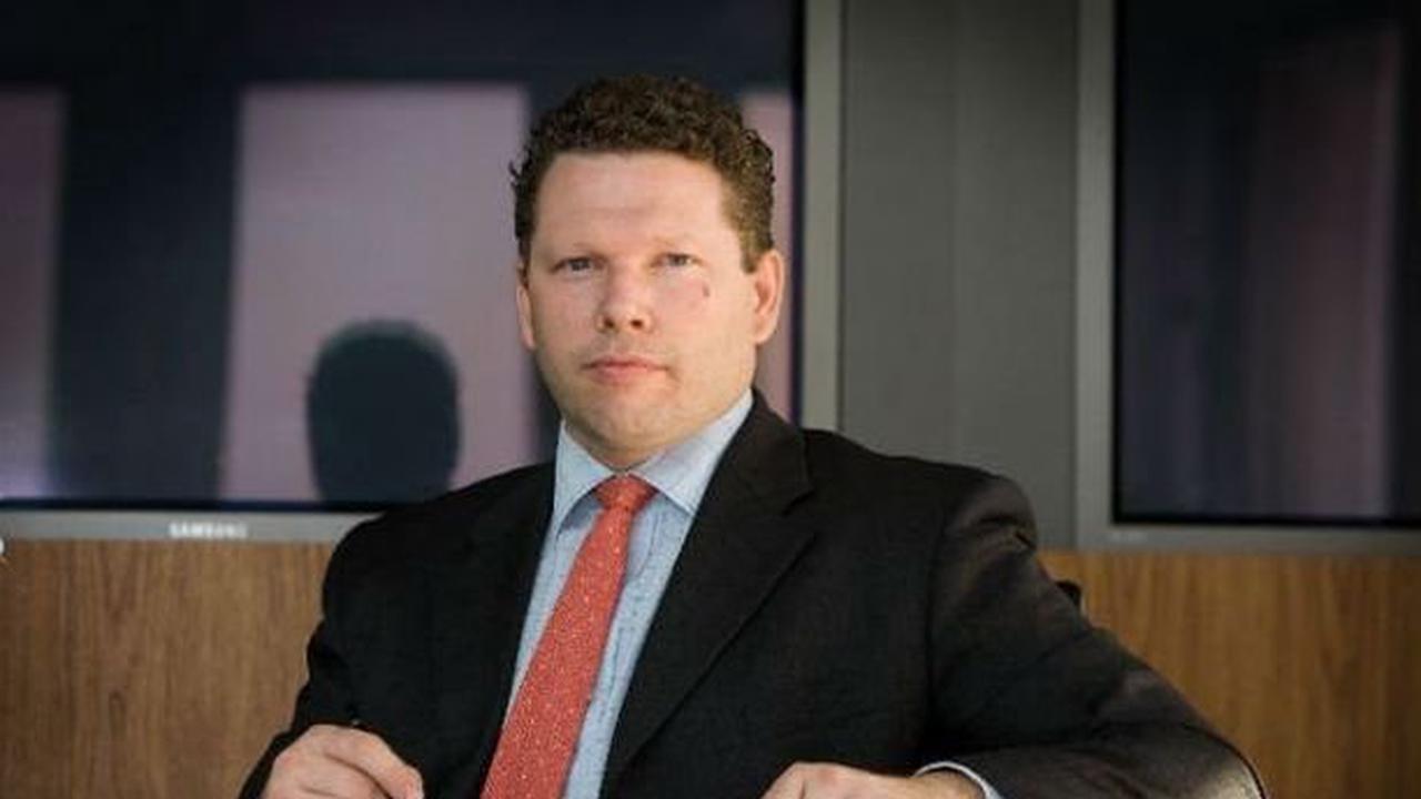 Tory MP handed paid roles on Parliamentary groups to lobbyist amid football team row